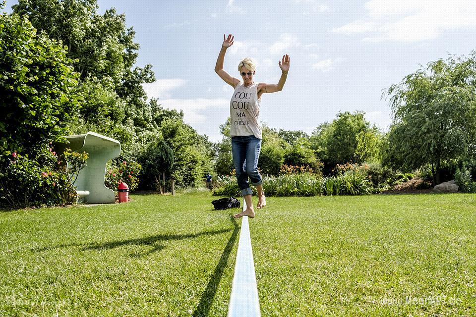 Spaß bis in die Zehenspitzen im BARFUSSpark Schwackendorf // Foto: MeerARTSpaß bis in die Zehenspitzen im BARFUSSpark Schwackendorf // Foto: MeerART