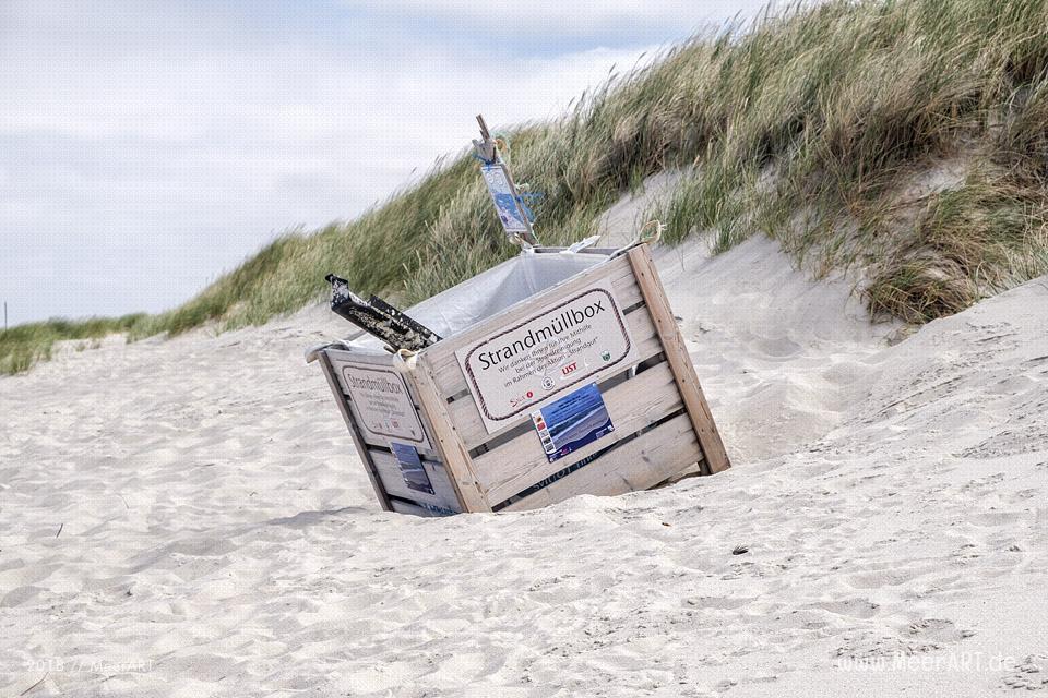 Strandmüllbox am Lister Ellenbogen // Foto: MeerART / Ralph Kerpa