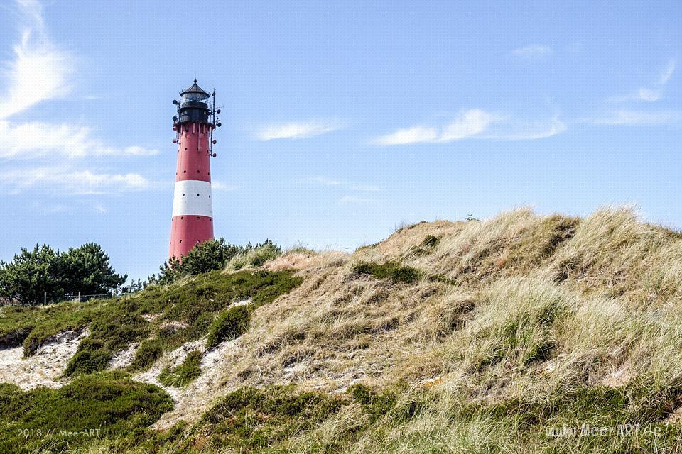 Der Leuchtturm von Hörnum auf einer Düne in Süden der Insel Sylt // Foto: MeerART