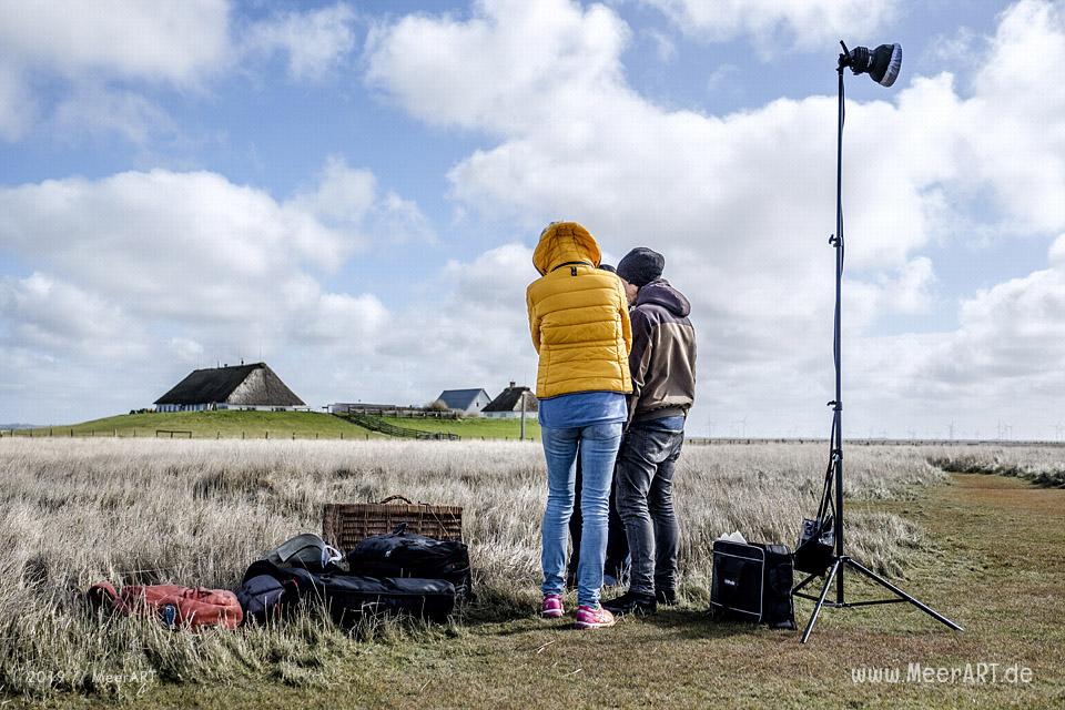 """Making-of vom Shooting für die Kampagne """"Moin Lieblingsland"""" auf der Hamburger Hallig // Foto: MeerART / Ralph Kerpa"""