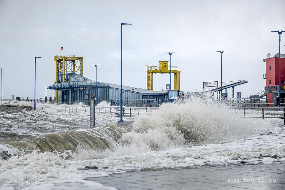 Das Sturmtief Sabine trifft auf die Westküste hier an der Küste in Dagebüll // Foto: Dagebüll