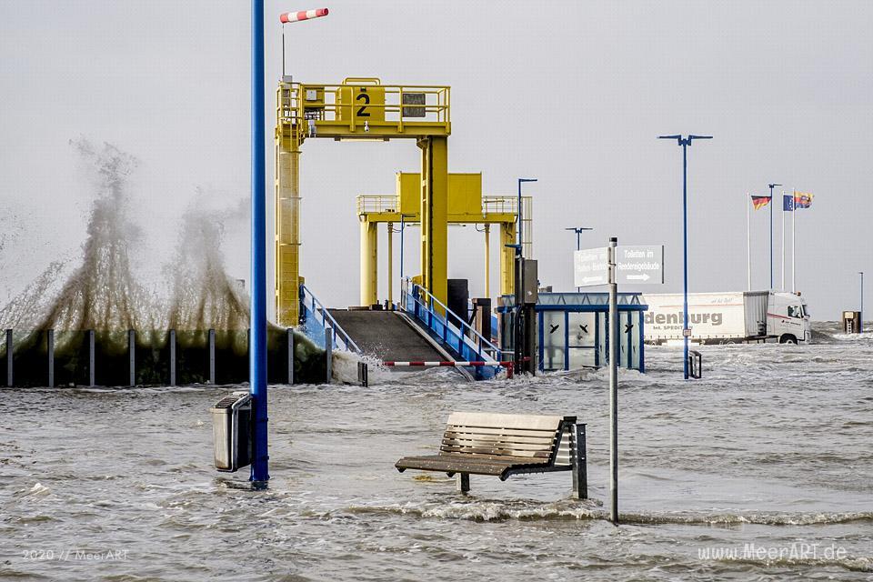 Das Sturmtief Sabine trifft auf die Westküste hier an der Küste in Dagebüll // Foto: MeerART