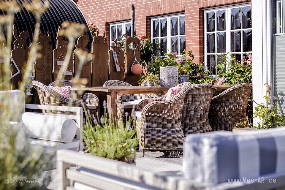 """""""Mein Inselhotel"""" in Norddorf auf der nordfriesischen Insel Amrum (Inh. Gunnar u. Kerstin Jöns) // Foto: MeerART / Ralph Kerpa"""