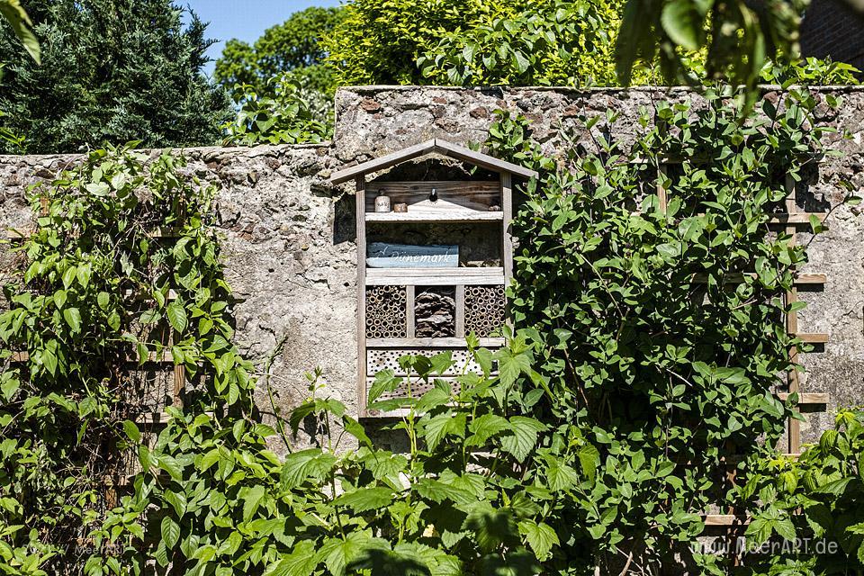 """Der idyllische """"MeerART-Garten"""" in Langenhorn Nordfriesland // Foto: MeerART/Ralph Kerpa"""